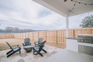 This is the perfect backyard for fall nights around the fire pit. The yards in our new neighborhood are large and leave plenty of room for all your outdoor entertainment and games! Happy Friday!